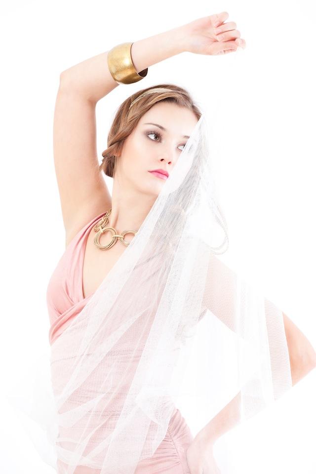 Moda con Preslava Sergeeva por el fotógrafo profesional Vicente Alfonso