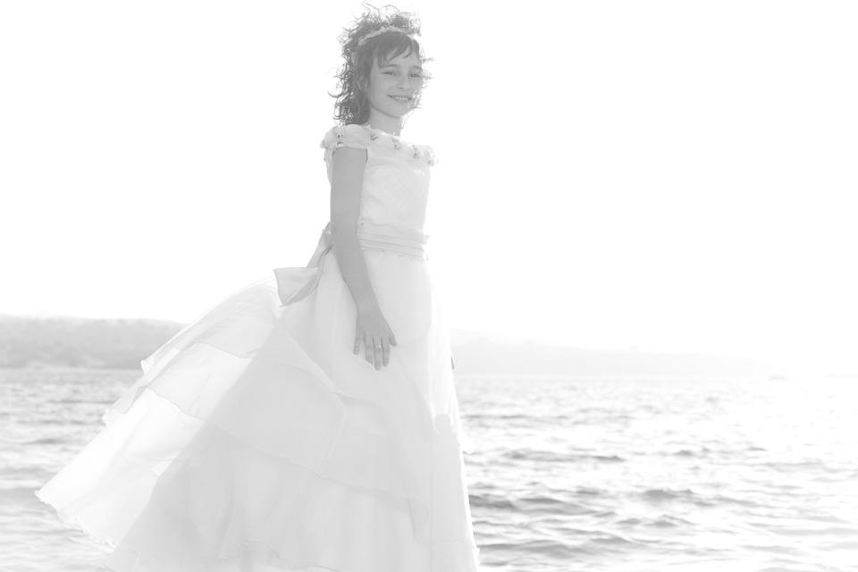 Comunión Ariadna por el fotógrafo profesional Vicente Alfonso