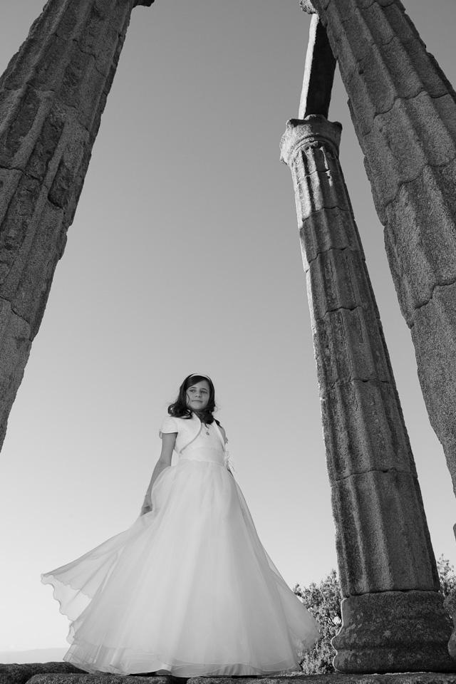 Comunión Marta por el fotógrafo profesional Vicente Alfonso