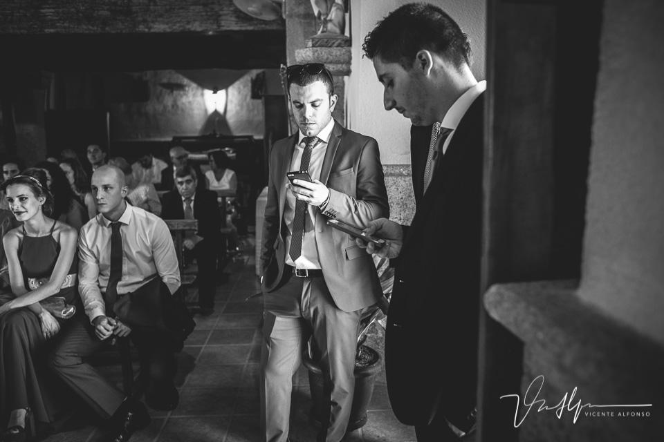 Boda en El Ruta Imperial, Ruta Imperial en Jarandilla de la Vera, Navalmoral de la Mata, Iglesia Casas de Belvís, Bodas en Casas de Belvís, Adán y Aroa en Casas de Belvís, Adán y Aroa en el Ruta Imperial, Spain wedding photographer, Spanish wedding photographer, Cáceres wedding photographer, Fotógrafo de bodas en Cáceres, Fotografía de bodas en Extremadura, Fotógrafo de bodas en Navalmoral de la Mata, Best Spain wedding photographer, Vicente Alfonso, Bodas en Extremadura, Bodas Diferentes, Fotógrafo de Bodas, Mejor fotógrafo de bodas, Bodas con libertad, Fotografía Documental de Bodas, Finer Art Wedding Photography