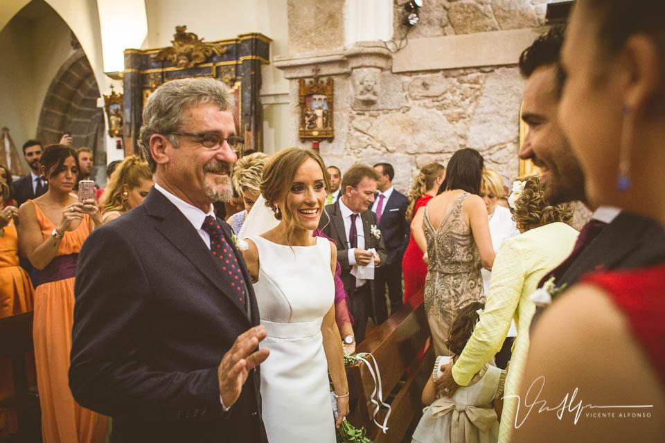 Llegada de la novia a la iglesia de Jarandilla de la Vera