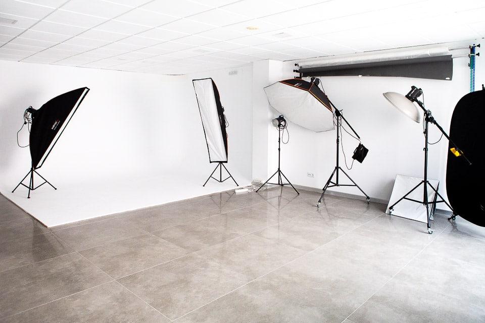 Alquiler de estudio fotográfico por horas por jornadas en Navalmoral de la Mata, Cáceres,