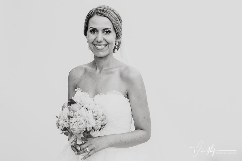 Retrato novia con ramo