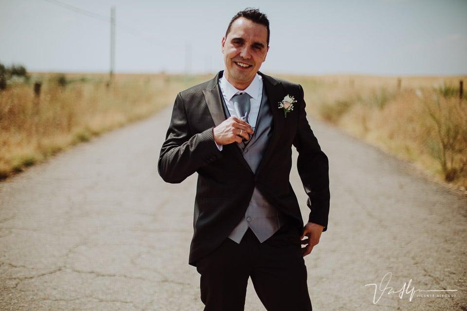 retrato de novio en la boda
