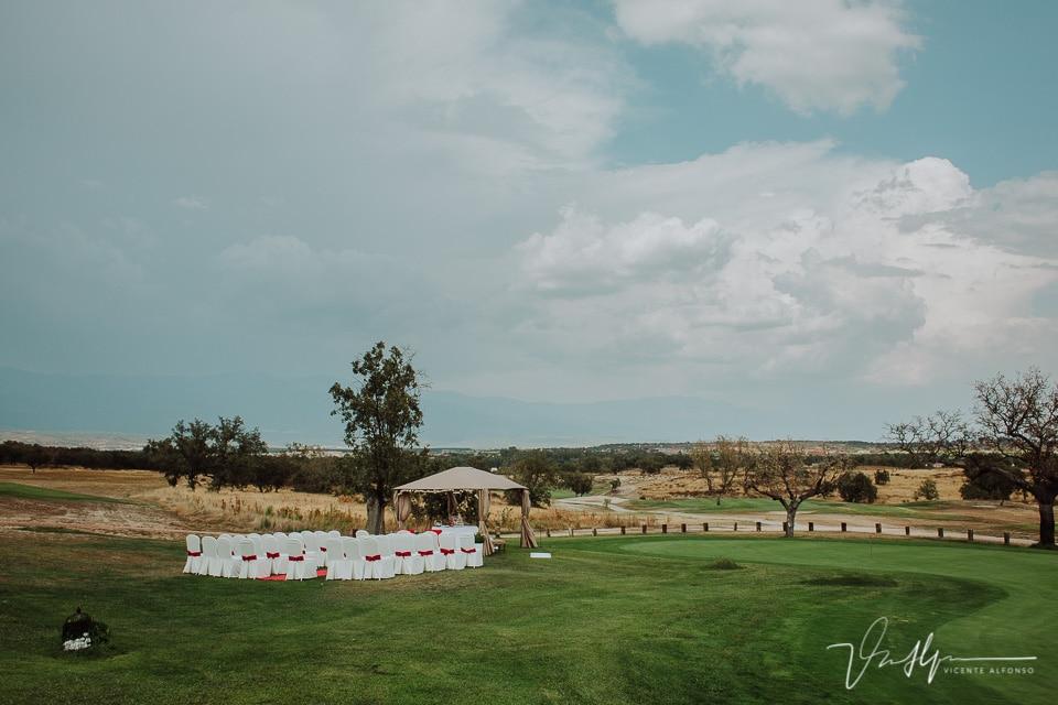 Ceremonia civil en el Campo de Golf del Hotel Valles de Gredos