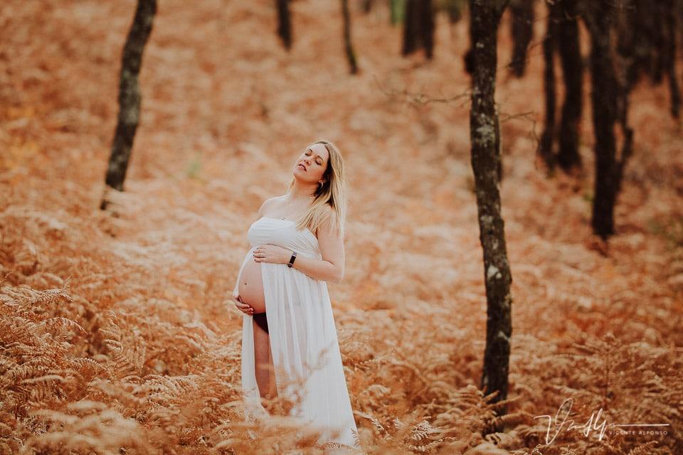 Embarazada en mitad de la Sierra de Gredos en Diciembre
