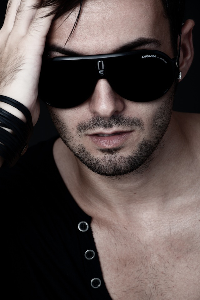 Moda con Héctor Holgado por el fotógrafo profesional Vicente Alfonso