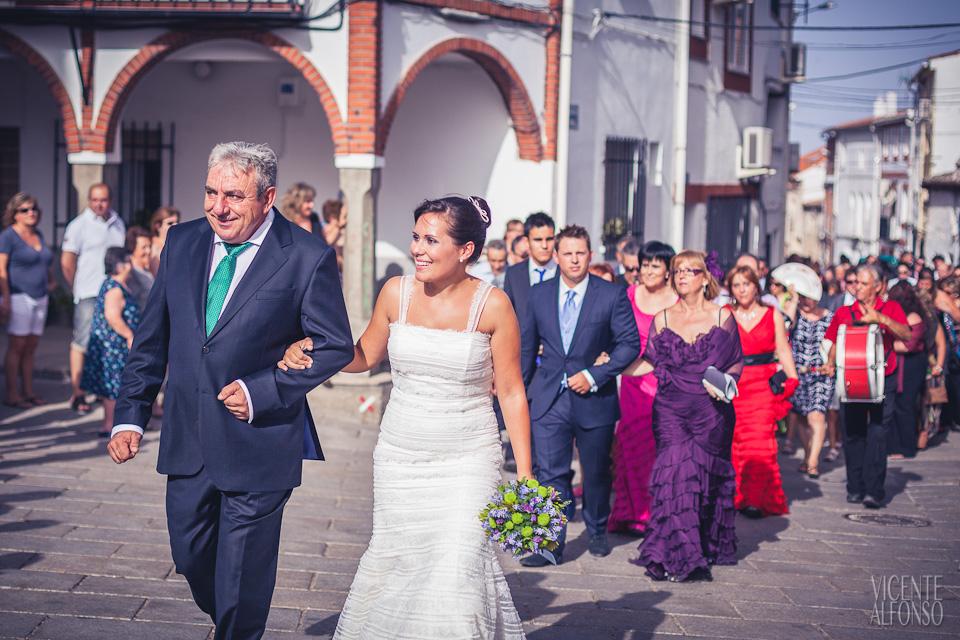 Boda Sergio y Aroa por el fotógrafo profesional Vicente Alfonso en Bohonal de Ibor Cáceres España Ruta Imperial Jarandilla de la Vera