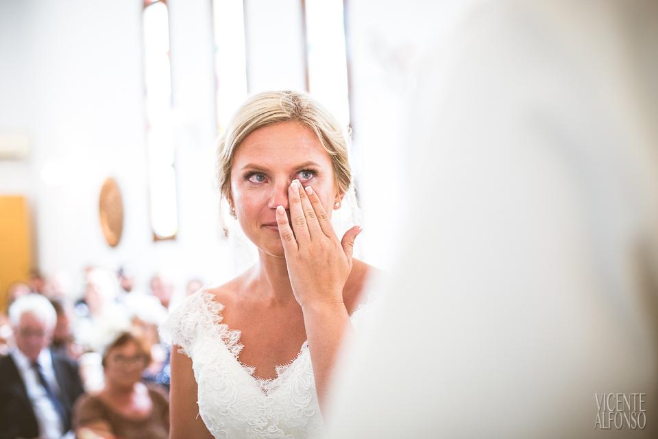 Lágrima de la novia en la iglesia en Alicante