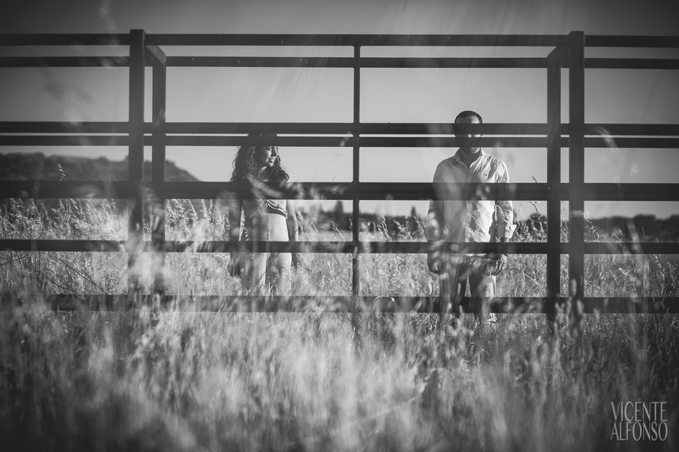 Engagement shoot in Spain, Engagement shoot in Cáceres, Wedding in Spain, Bodas en España, Fotógrafía bodas, Fotógrafo de Bodas, Bodas España, Spain wedding photographer, Spanish wedding photographer, Best Spain wedding photographer, Vicente Alfonso, Preboda en Cáceres, Bodas Navalmoral de la Mata, Fotógrafo bodas en Navalmoral, Mejor fotógrafo bodas, Destination Wedding Photography, Fotógrafo de destinos, Fotógrafo internacional, Reportajes de preboda, Reportajes Fotografía Cáceres, Bodas en el Campo Arañuelo Mejor fotógrafo bodas, Reportajes de preboda, Preboda Lucía y Jonás, Reportajes preboda en Navalmoral,