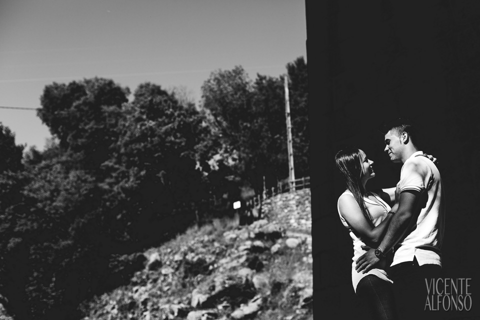 Engagement shoot in Spain, Engagement shoot in Madrid, Wedding in Spain, Bodas en España, Fotógrafía bodas, Fotógrafo de Bodas, Bodas España, Spain wedding photographer, Spanish wedding photographer, Best Spain wedding photographer, Vicente Alfonso, Preboda en Cáceres, Bodas Navalmoral de la Mata, Fotógrafo bodas en Navalmoral, Mejor fotógrafo bodas, Destination Wedding Photography, Fotógrafo de destinos, Fotógrafo internacional, Reportajes de preboda, Reportajes Fotografía Cáceres, Bodas en el Campo Arañuelo Mejor fotógrafo bodas, Reportajes de preboda, Preboda Estefanía y Daniel, La Vera, Preboda en La Vera, Reportajes de fotos en La Vera, Fotografía Cuartos, Garganta de Cuartos fotos
