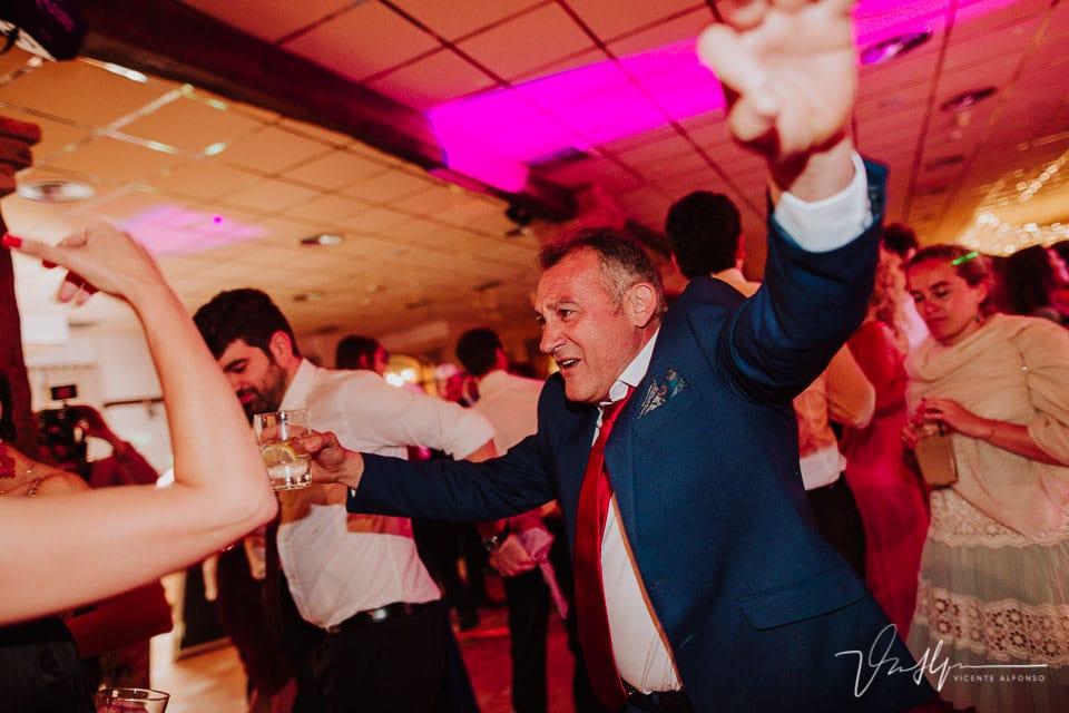 Fiesta final en la boda en el ruta imperial gastro eventos