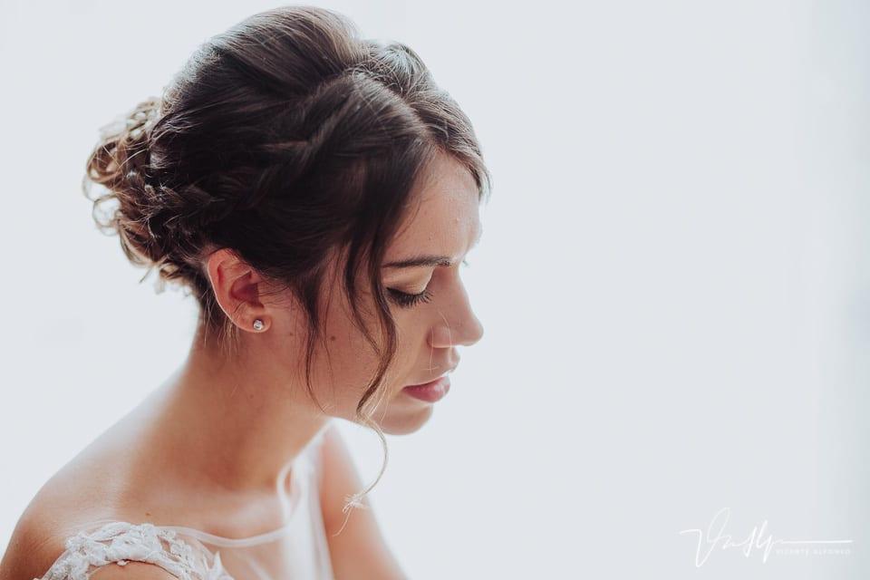 Detalle de belleza a la novia