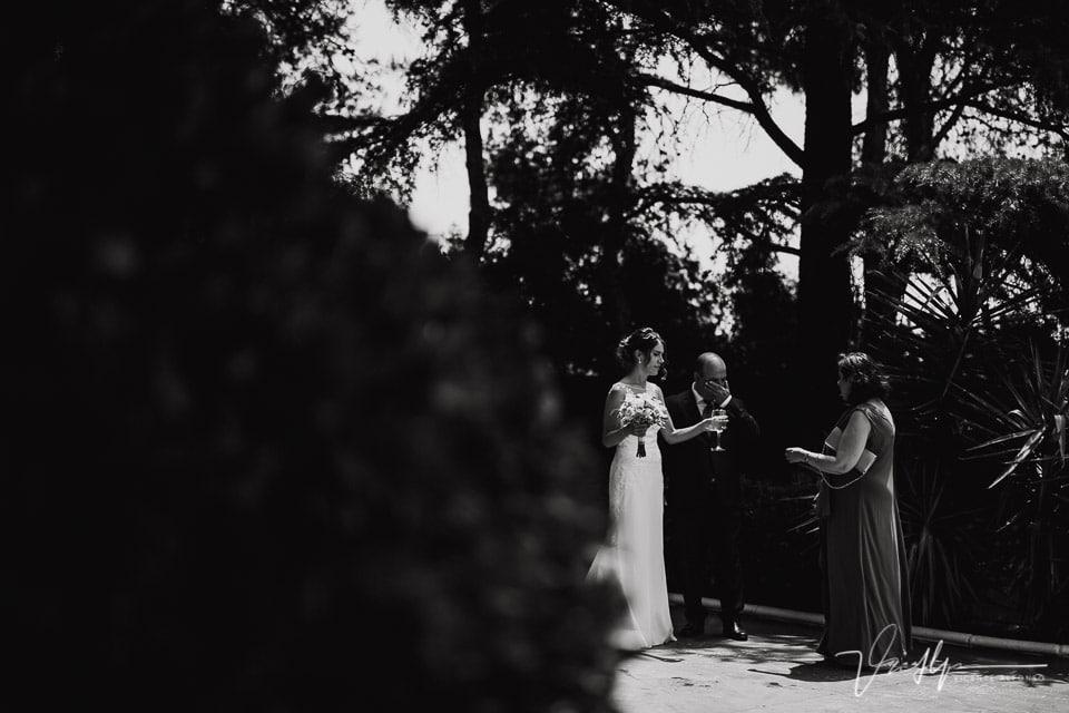 Padre llorando cuando llega la novia