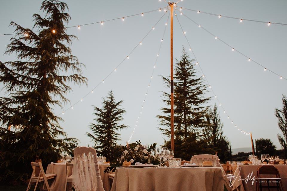 Detalle mesas en la Quinta de la Cerca por Luis Miguel Burcio 01
