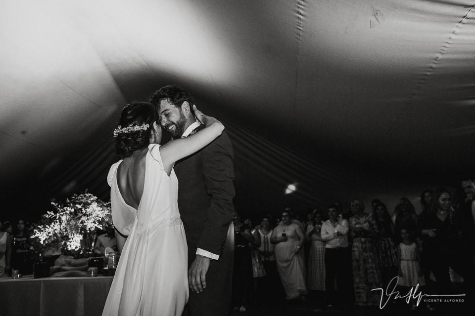 Baile de los novios en la Quinta de la Cerca en Jarandilla de la Vera
