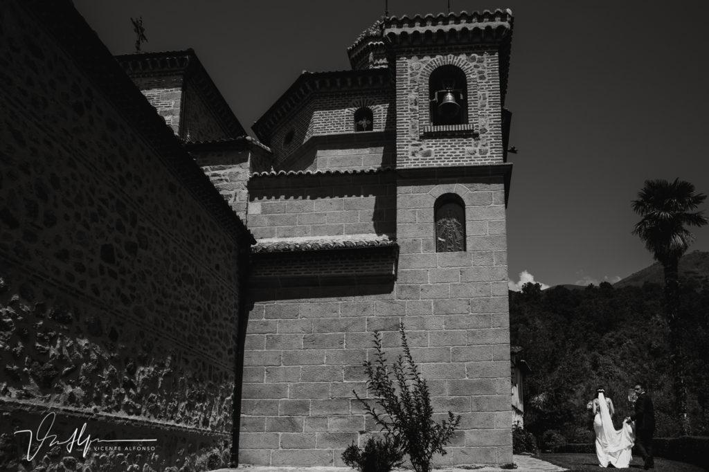 Reportaje de boda en la Iglesia de Chilla en Candeleda