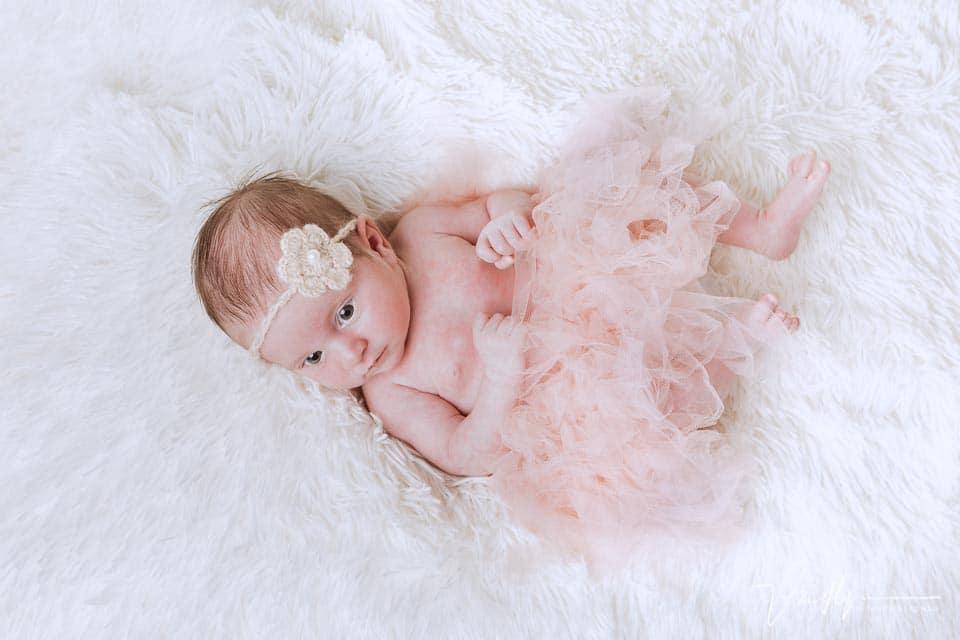 Reportajes newborn recién nacidos en estudio
