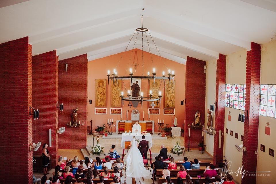 Vista aérea de la iglesia de Tietar en la boda