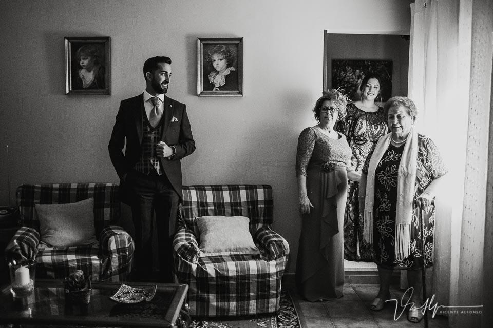 foto de familia original del novio