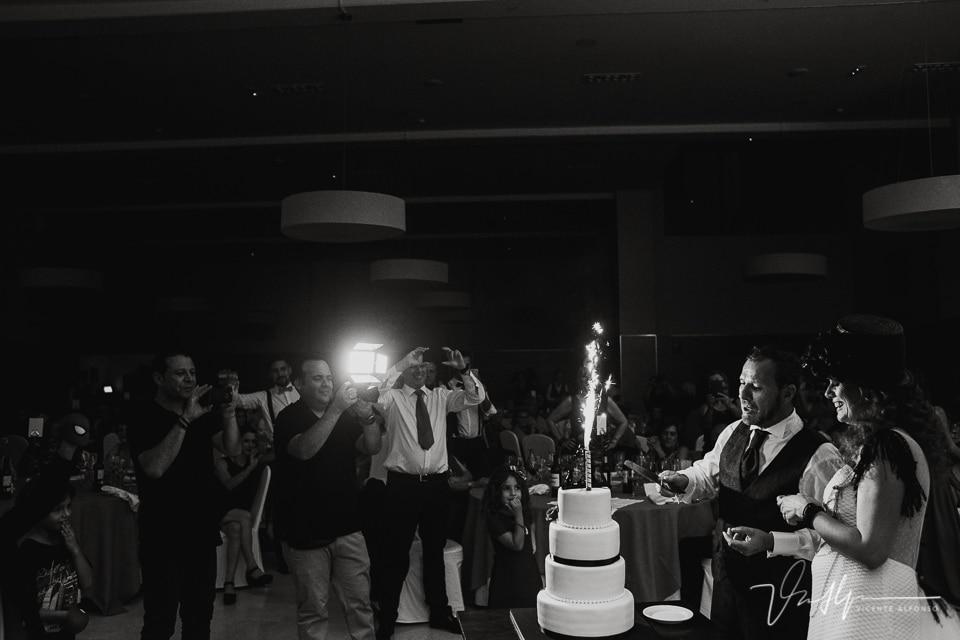tarta muy original en el banquete de boda