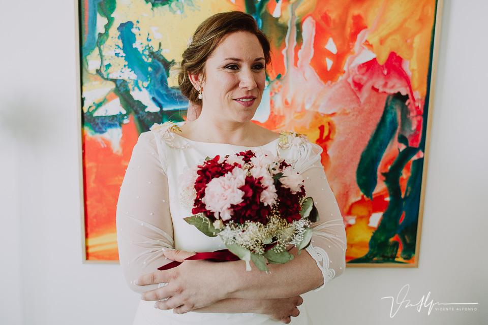 Retrato novia con el ramo de flores