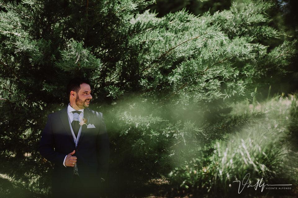 Reportaje de boda de los novios en los salones antonio 11