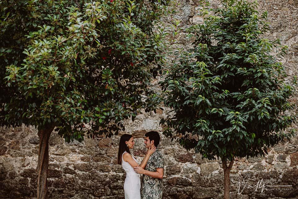 Entre árboles e iglesias en Pasarón
