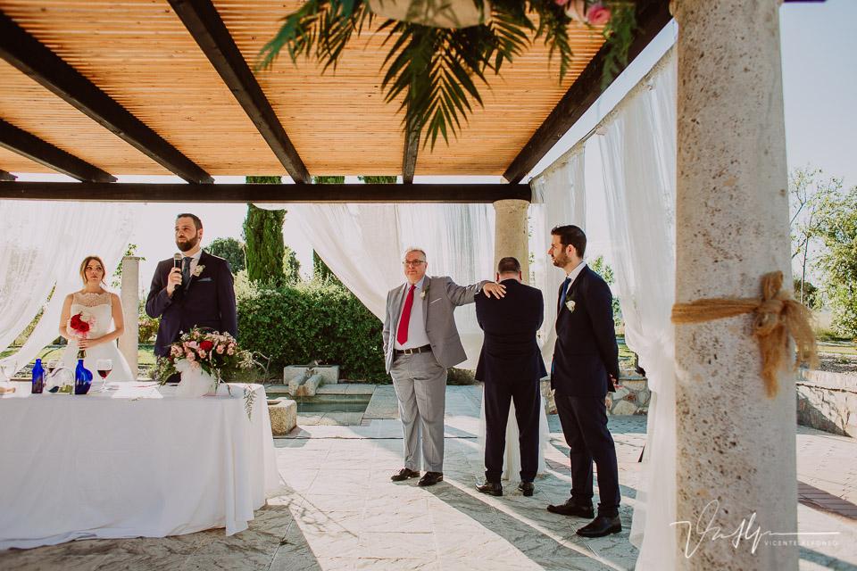 Reportajes de boda en Madrid en la Finca de la Alcudia ceremonia civil