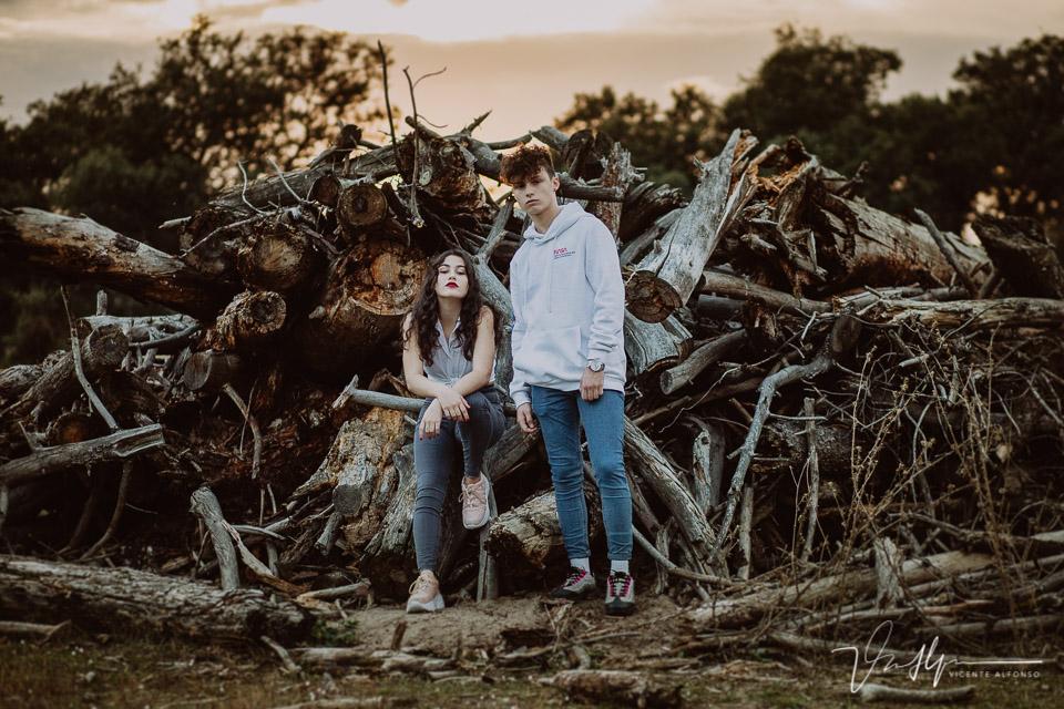 fotografía para agencia parejas chico y chica