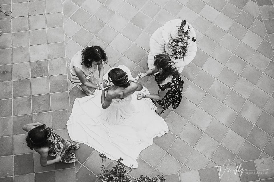 Reportajes de boda naturales, detalles de la novia 04