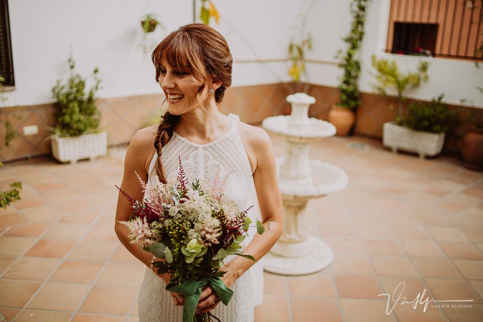 Reportajes de boda naturales, detalles de la novia 08