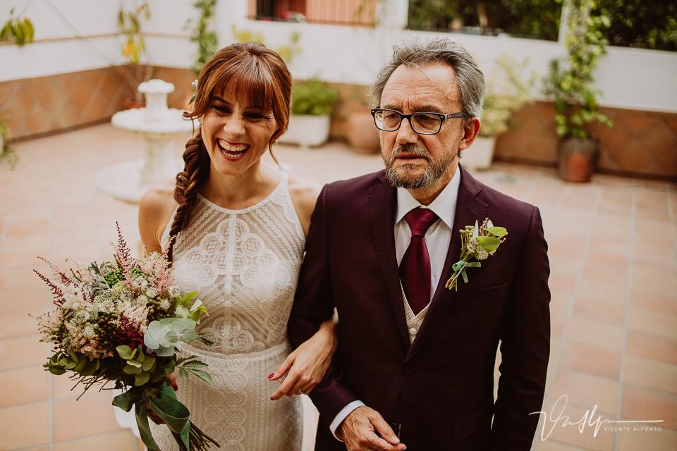 Reportajes de boda naturales, detalles de la novia 09