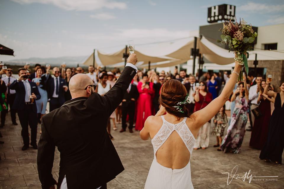 Reportajes de boda, llegada al cóctel 06