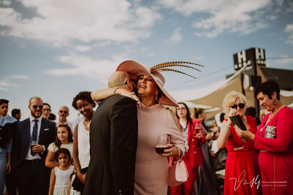 Reportajes de boda, llegada al cóctel 09