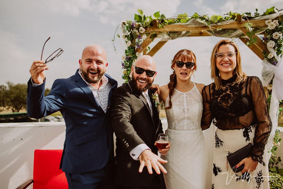 Reportajes de boda, llegada al cóctel 15