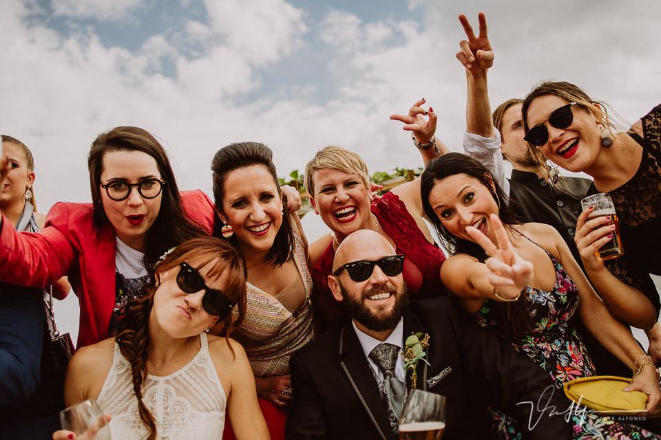 Reportajes de boda, llegada al cóctel 19