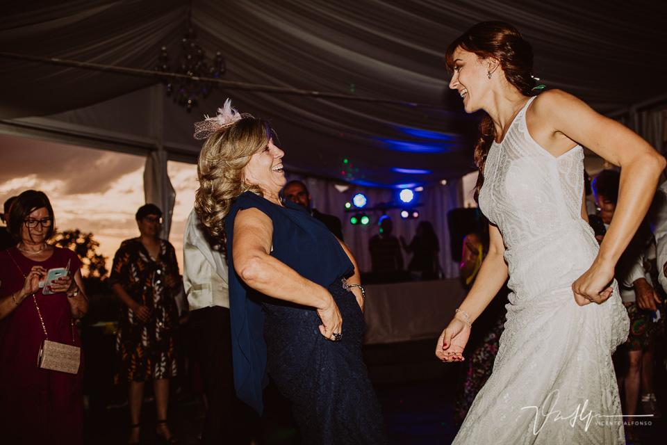 Momento de fiesta y baile en las bodas 2020 02