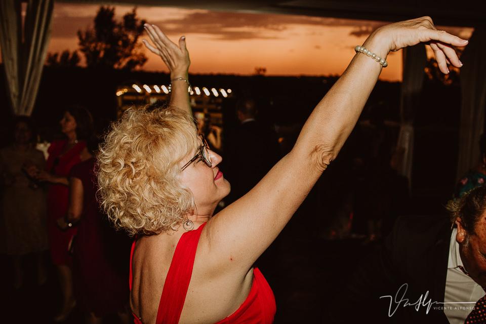 Momento de fiesta y baile en las bodas 2020 08